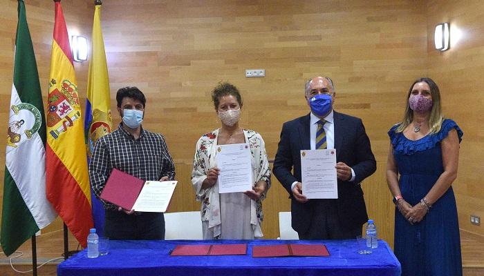 Ayuntamiento y Apymeal se unen por el desarrollo del Centro Comercial Abierto