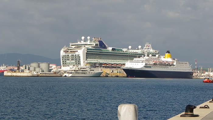 Cruceros en el puerto de Gibraltar en una imagen de archivo
