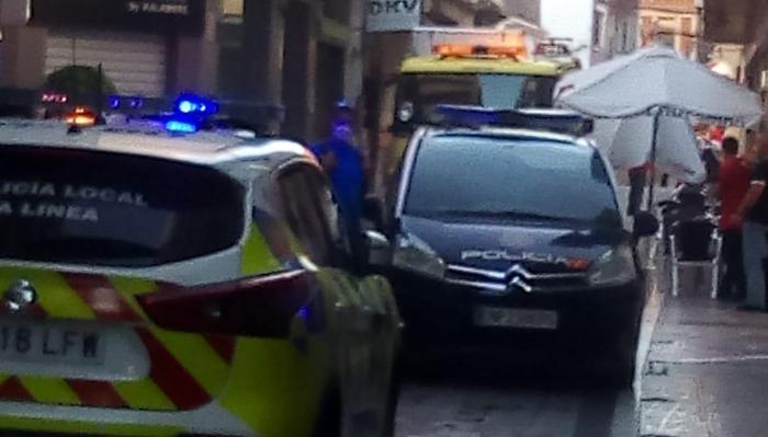 Bomberos y Policía acudieron a la calle Real
