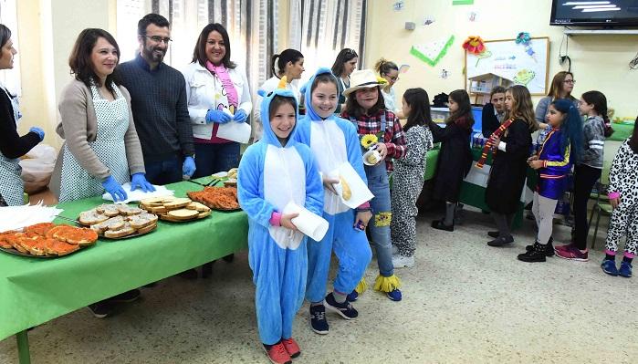 El colegio Mediterráneo de Algeciras celebra el Día de Andalucía