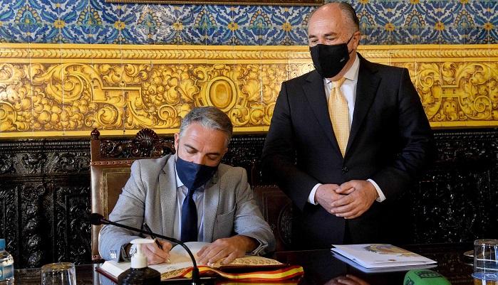 Elías Bendodo exige al Gobierno que cumpla con Algeciras