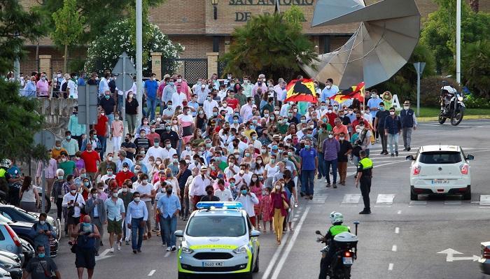 Decenas de personas en Algeciras reivindican más apoyo al toreo