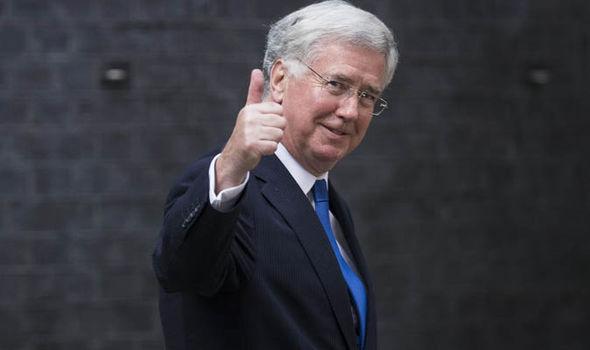 El ministro de Defensa británico Michael Fallon