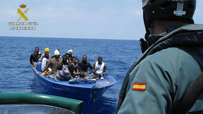 El Servicio Marítimo de la Guardia Civil, en plena acción. Foto Ministerio del Interior