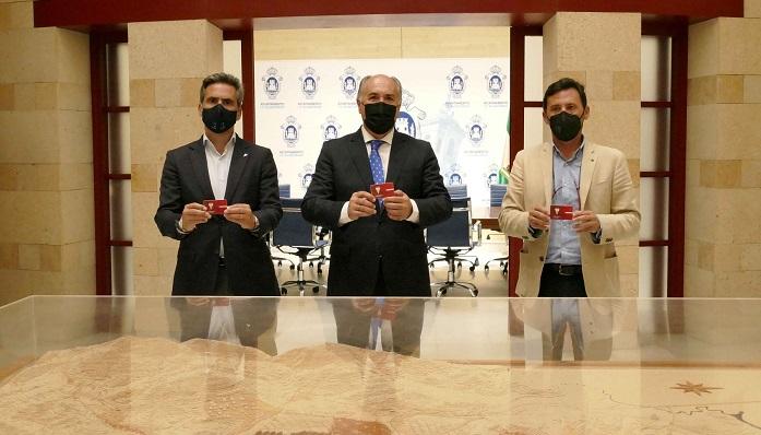 Landaluce renueva un año más su compromiso con el Algeciras CF