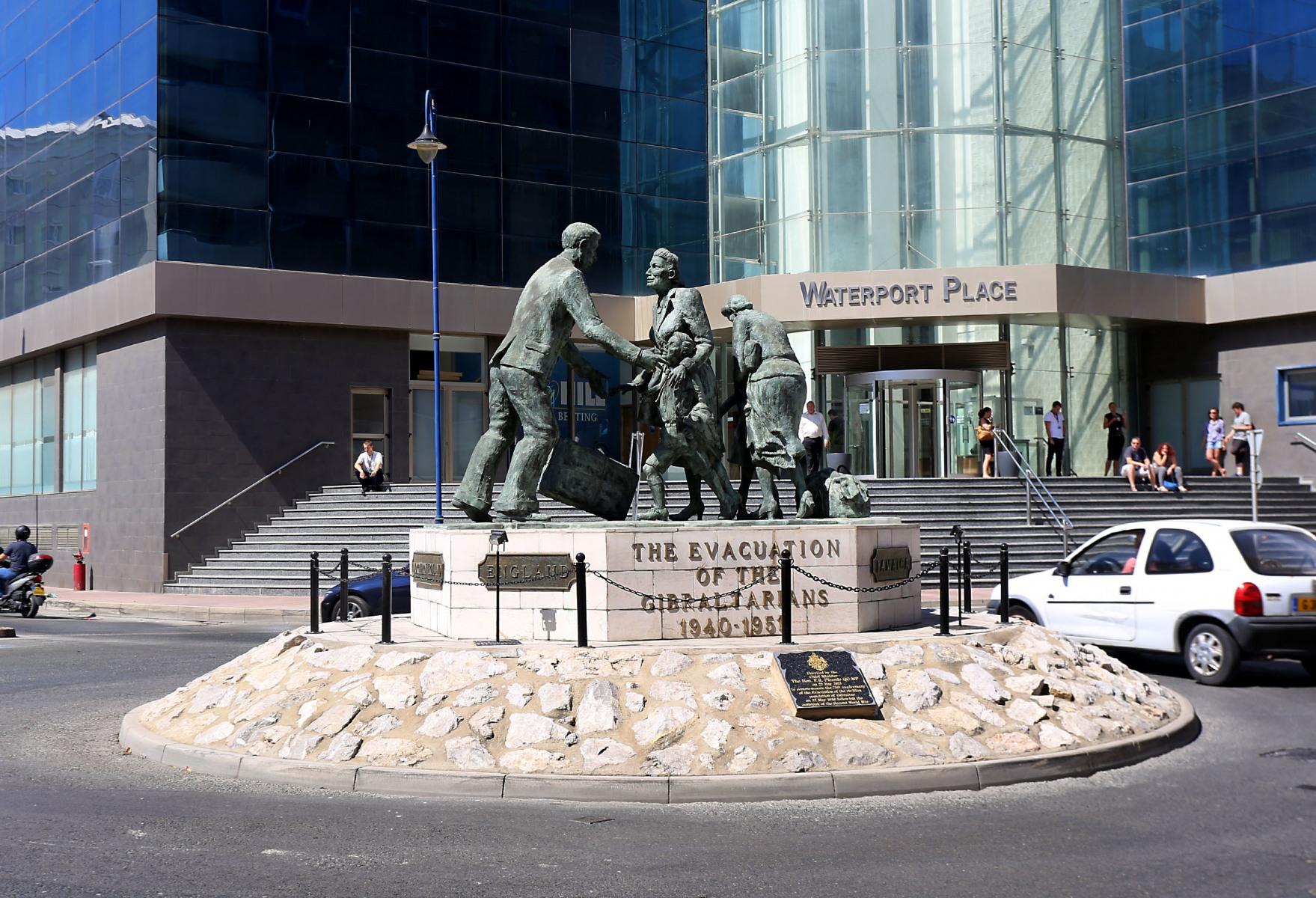 Monumento a la evacuación de los gibraltareños. Foto InfoGibraltar