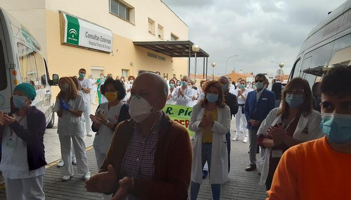 Los sanitarios homenajean al doctor Manuel Rodríguez en Algeciras