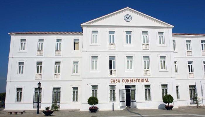 Entrada principal del Ayuntamiento de San Roque