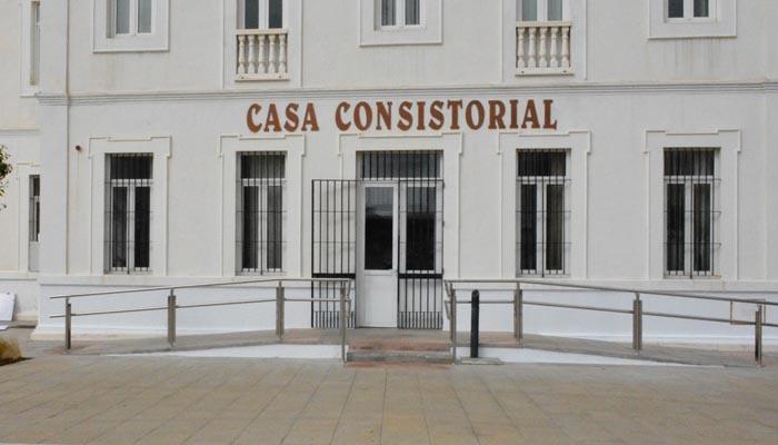 Entrada al Ayuntamiento de San Roque
