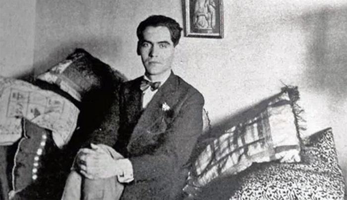 El colectivo 'Estrechando' rinde mañana un homenaje a García Lorca