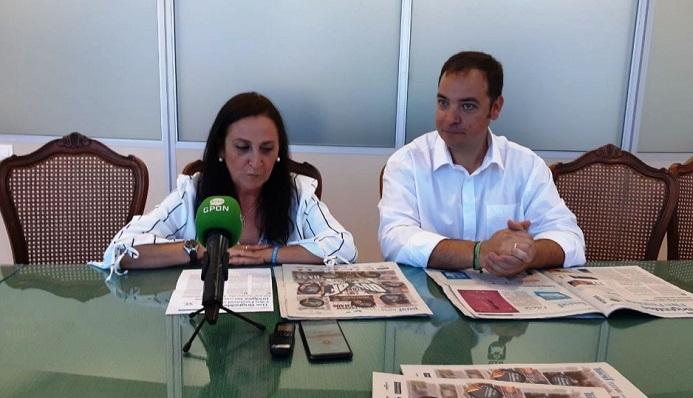 La concejal de Cultura junto a José Luis Martínez, organizador del evento