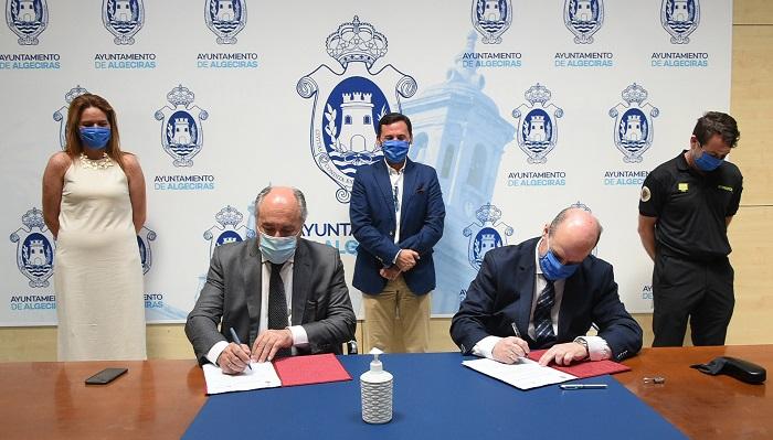 Ayuntamiento de Algeciras y Bomberos estrechan lazos de colaboración