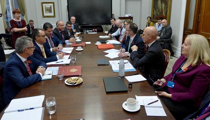 Una imagen de la reunión celebrada en Reino Unido
