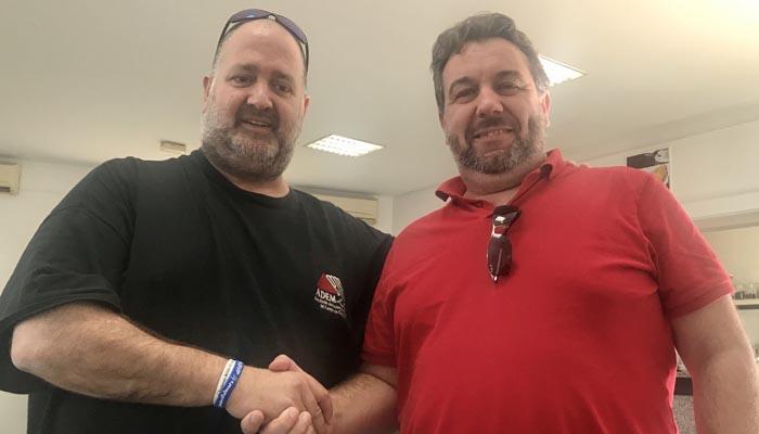 Javier Cózar y Enrique Artacho han firmado el acuerdo de colaboración