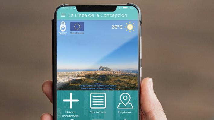 Un teléfono móvil con la app Gecor. Foto: lalínea.es