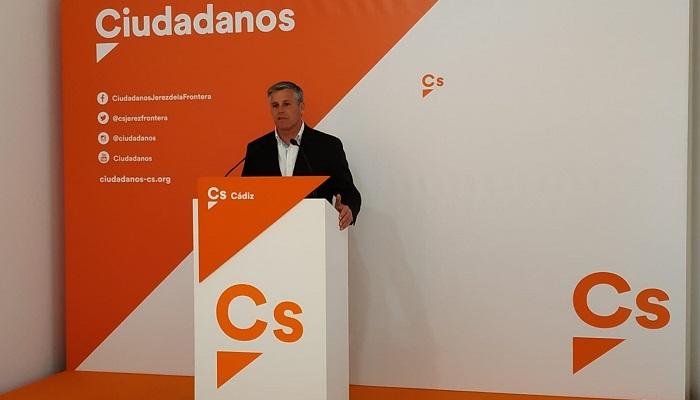 """Ciudadanos pide medidas para evitar """"continuos retrasos"""" en el PIF de Algeciras"""