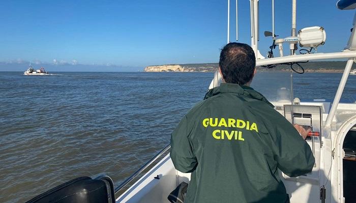 El cadáver hallado cerca de Tarifa es el de uno de los tripulantes del 'Rúa Mar'