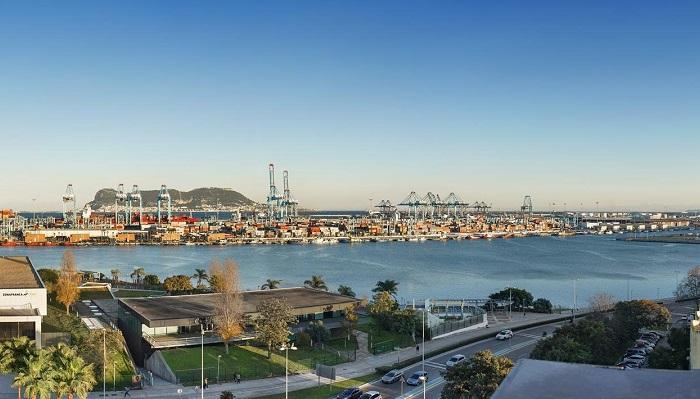 El Puerto de Algeciras recupera su normalidad tras el temporal de levante