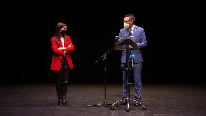 Beatriz Corredor y Juan Franco, tras su reunión en La Línea. Foto: Sergio Rodríguez