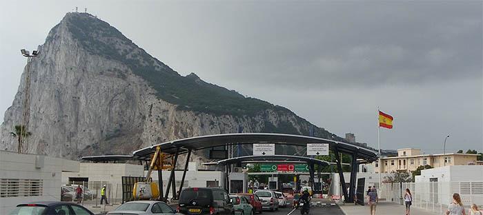 Paso de la Verja de Gibraltar-La Línea