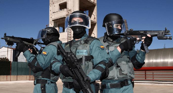 Agentes del Grupo de Acción Rápida (GAR) de la Guardia Civil