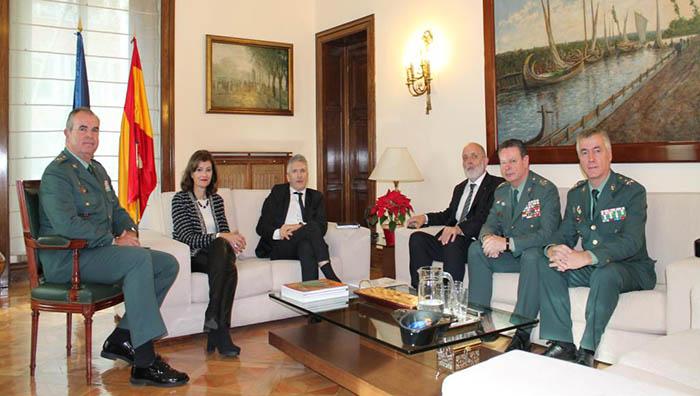 El nuevo Mando Único, el general Félix Blázquez, primero por la derecha. Foto Ministerio del Interior