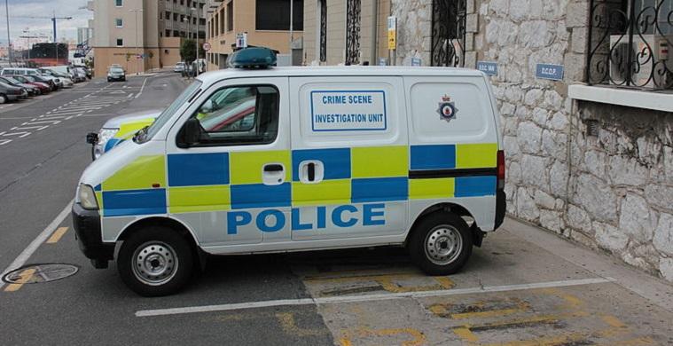 La entrega ha sido realizada por la Policía Real de Gibraltar
