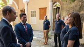 Llegada del nuevo gobernador del Reino Unido en Gibraltar.