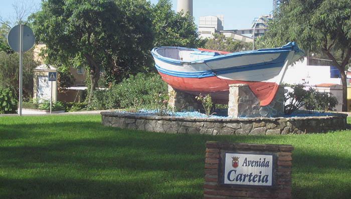 Rotonda de acceso a Guadarranque
