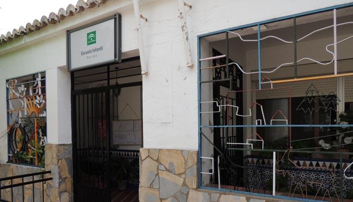 Entrada a una de las guarderías del municipio de San Roque