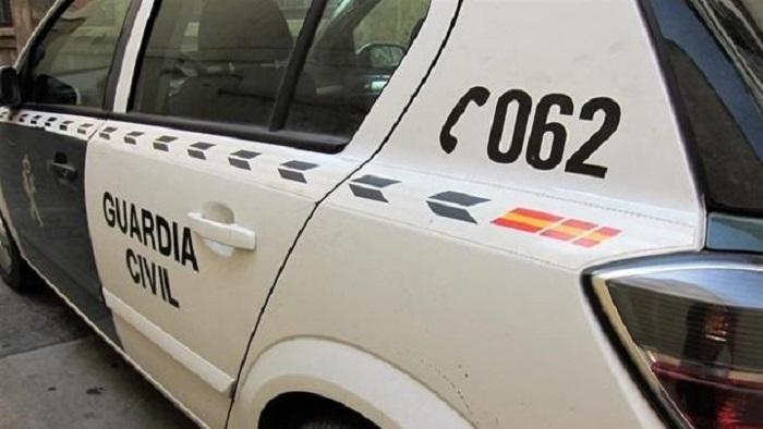 La Guardia Civil detiene a dos personas por transportar droga en el interior del organismo