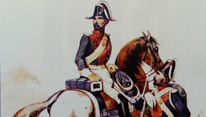 Sargento de infantería y guardia civil de caballería en uniforme de gala. Grabado de la época fundacional. Archivo Histórico Militar