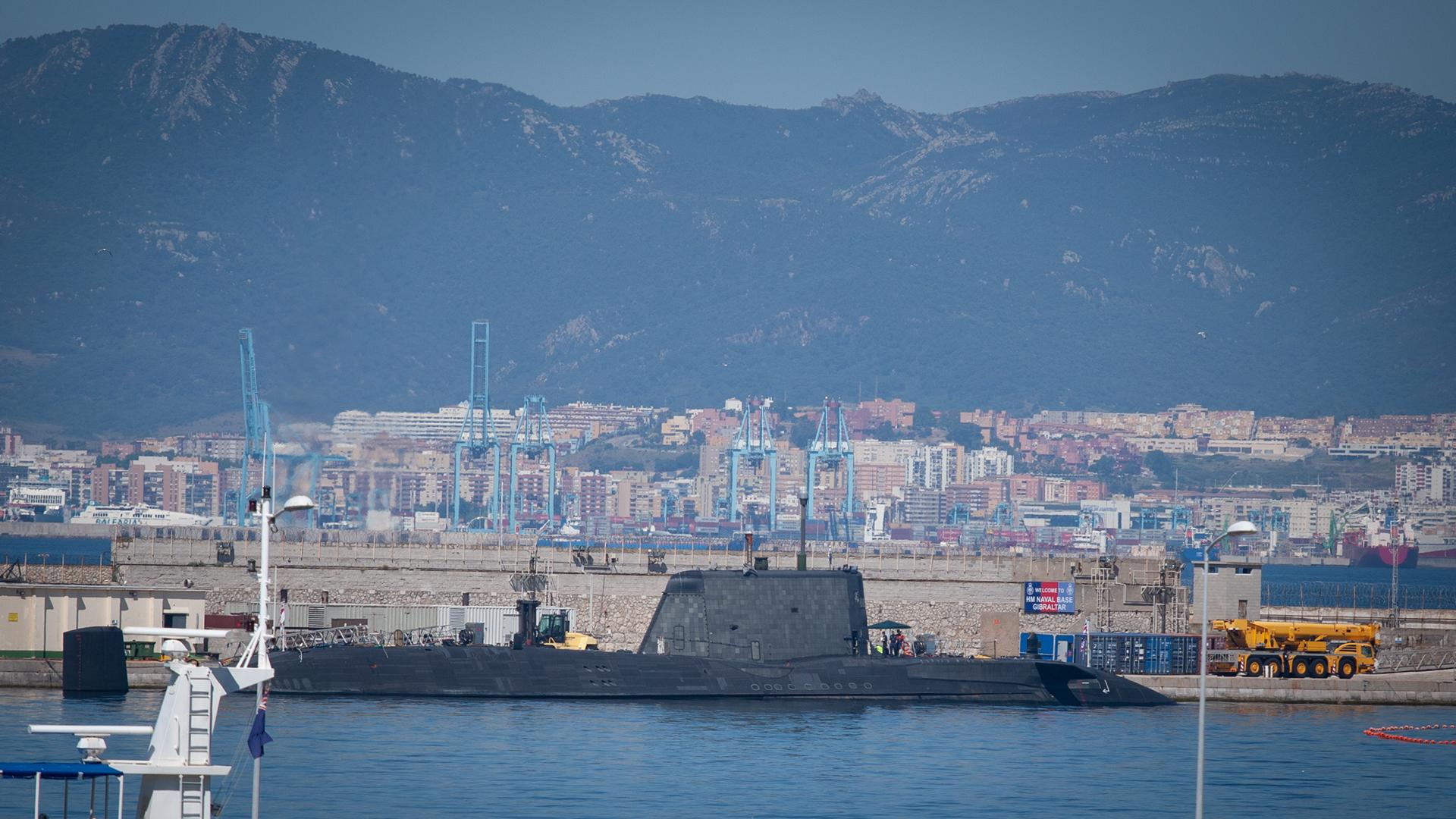 HMS Artful en puerto. Foto Sergio Rodríguez