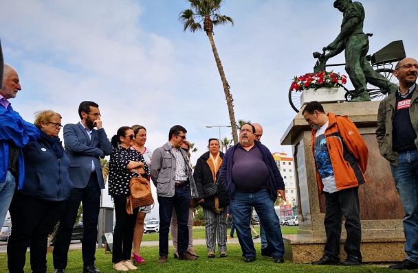 Salvador Molina, presidente de Ascteg, junto a autoridades
