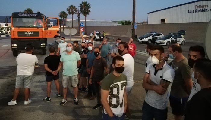 Los trabajadores de Phoenix en una concentración