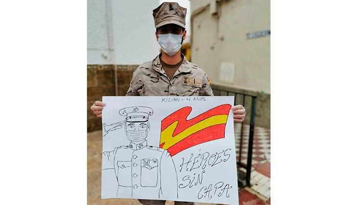 Dibujo con que han recibido a la Infantería de Marina en San Martín del Tesorillo. Foto ORP / CG Flota