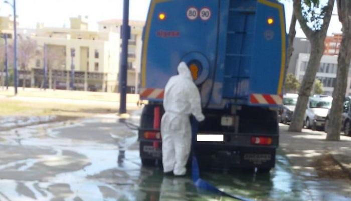 Adelante requiere que se emplee agua no potable para el baldeo de calles