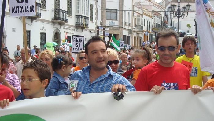 Verdemar señala que el alcalde de San Roque amenaza al Pinar del Rey