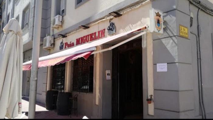 El PSOE de Algeciras lamenta el futuro incierto de la Peña Miguelín