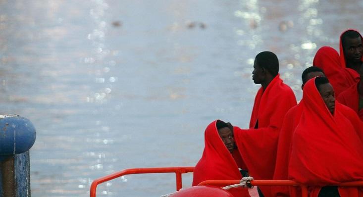 Inmigrantes rescatados por Salvamento Marítimo en el Estrecho