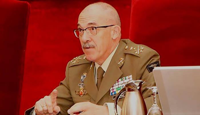 El general de Ejército, Fernando Alejandre, en la presentación del proyecto para Rota (Foto EMAD)