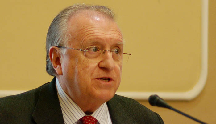Blas Fernández, presidente del Colegio de Graduados Sociales