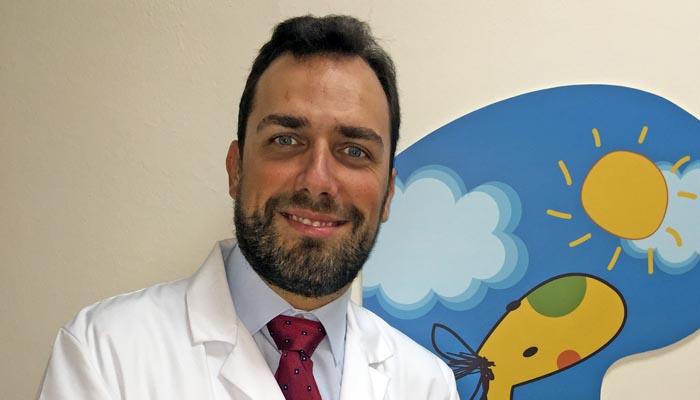 José Luis Díaz es el jefe del servicio de Pediatría.