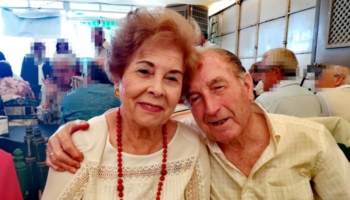Juan Cruz junto a su esposa Francisca Espinosa