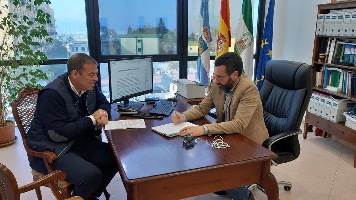 Juan Macías y Juan Franco, esta mañana en el Ayuntamiento