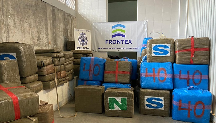 Un detenido tras portar 4596 kilos de hachís en un tráiler en el puerto de Algeciras