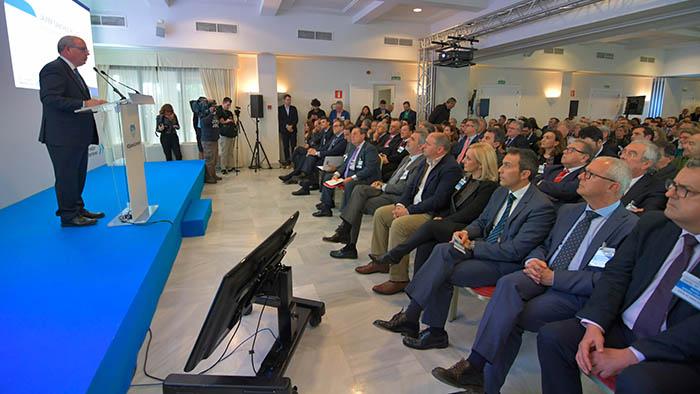 Gran asistencia de empresarios y representantes institucionales y sociales en el acto de la CEC