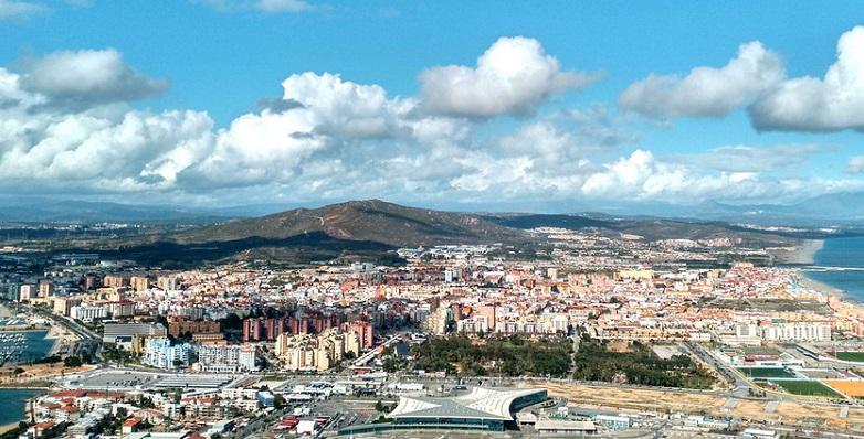 Una vista área de La Línea de la Concepción. Foto: NG