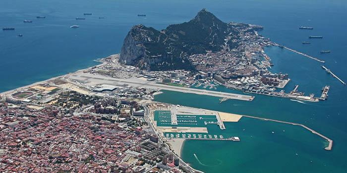 Vista área de La Línea y Gibraltar