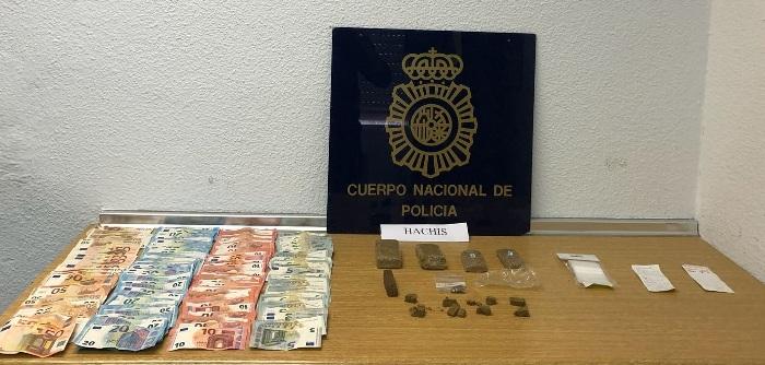 Dinero y droga intervenida en La Línea